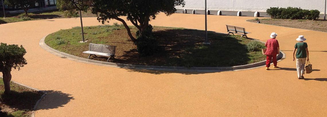 Per la pavimentazione da traffico pedonale ecco  Basic Terrazzo