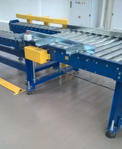 Pavimentazione in resina in officina meccanica