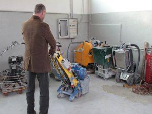 Manutenzione e resistenza di un pavimento in resina
